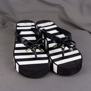 New Kate Spade Sandals